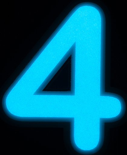4-EY-BG.jpg